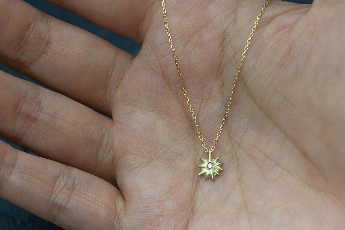 18k ダイヤのネックレス