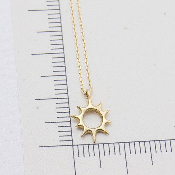 太陽モチーフのサイズ感